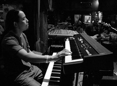keyboard player, musician, pianist, piano, musical keyboard, music, jazz pianist, monochrome photography, monochrome, black-and-white, electronic instrument,