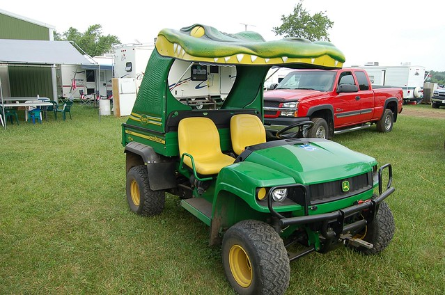 John Deere Gator With A Gater Roof 002 N Flickr Photo