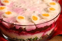 Seven layer salad :) / Kihiline peedi-juustusalat