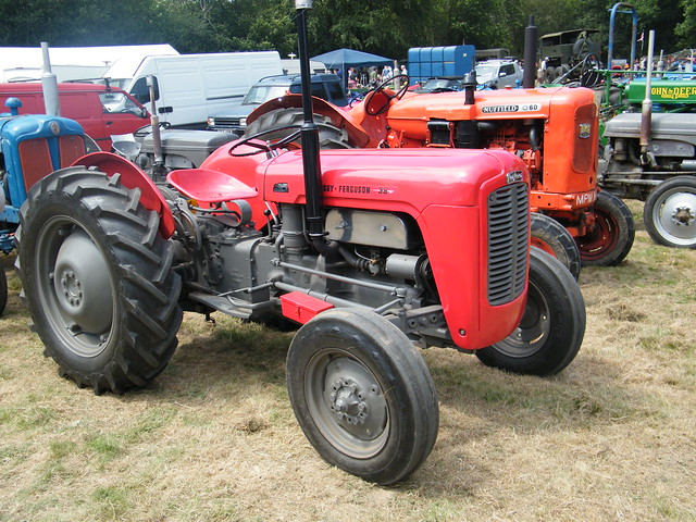 1962 Massey Ferguson Mf 35 : Massey ferguson flickr photo sharing