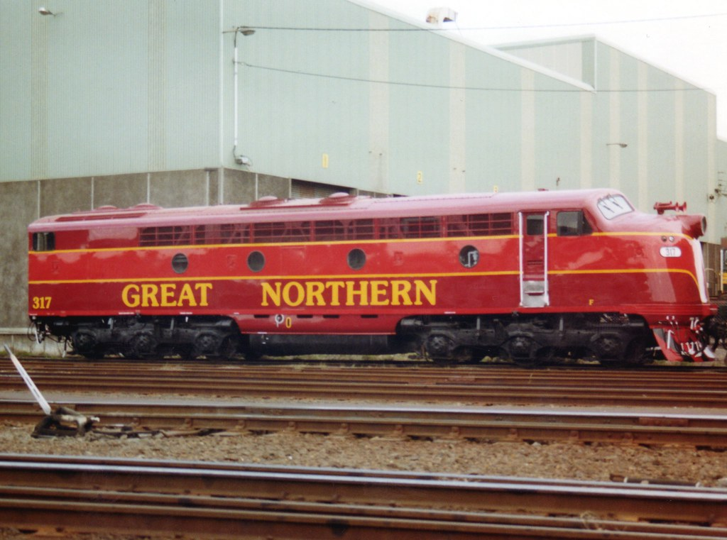 GNR 317 (S317) also with valances replaced freshly outshopped at Dynon by zed.fitzhume