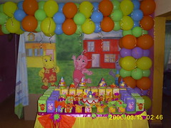 ball pit(0.0), play(1.0), party(1.0), balloon(1.0), toy(1.0),