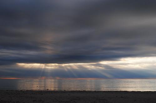 ocean beach sunrise capecod sunrays dowsesbeach