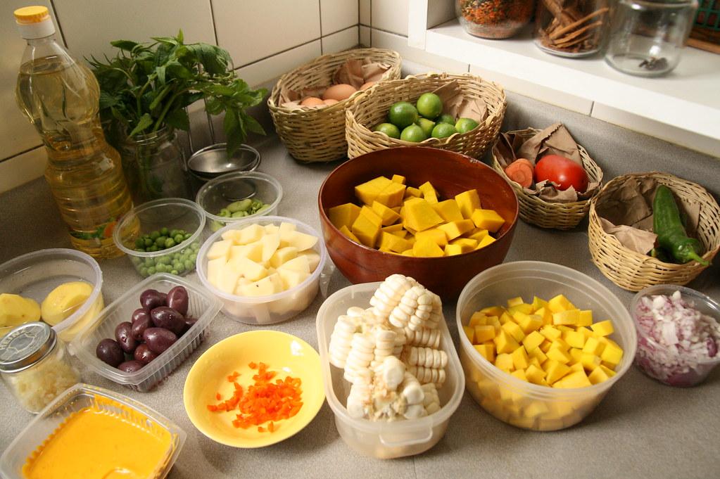 Vista previa de un conjunto de verduras, e incluye el zapallo (cortado en dados pequeños). Fotografia proporcionada porwww.thousandflavors.com
