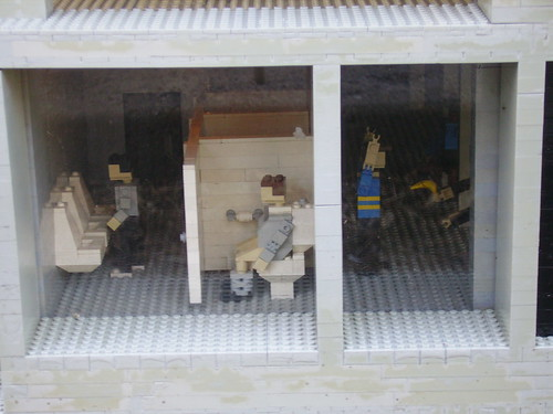 NYC bathroom in Lego's