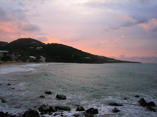 Image de Limetree Beach près de Charlotte Amalie. beach sunrise stthomas morningstarbeach