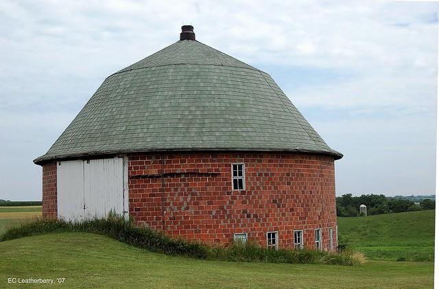 Wisconsin Vernon County Round Barn 2 334 Flickr