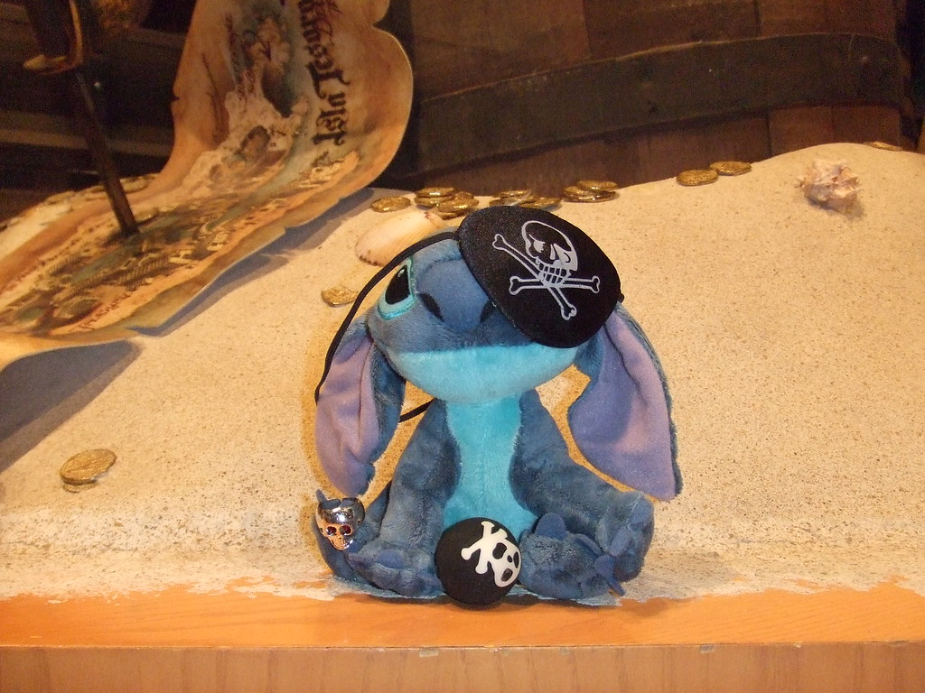 Stitch with pirate gear at World of Disney | D Owen8 | Flickr