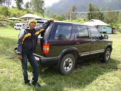 automobile(1.0), automotive exterior(1.0), sport utility vehicle(1.0), jeep cherokee (xj)(1.0), vehicle(1.0), compact sport utility vehicle(1.0), bumper(1.0), land vehicle(1.0),