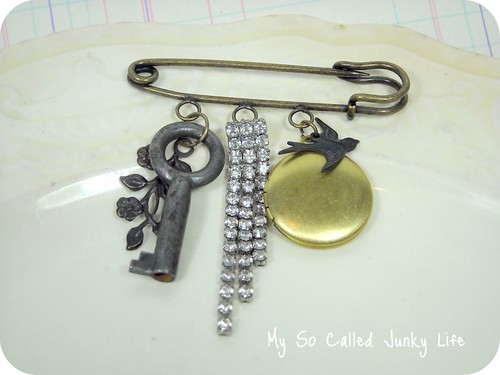 Vintage Charm - Kilt Pin or Brooch