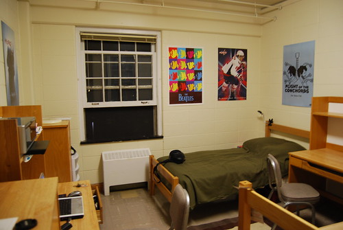 College dorm my college guide for College student living room ideas