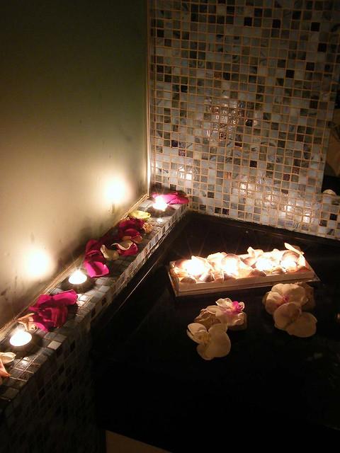 Decoraci n de las cabinas de masaje 3 flickr photo sharing - Decoracion para spa ...