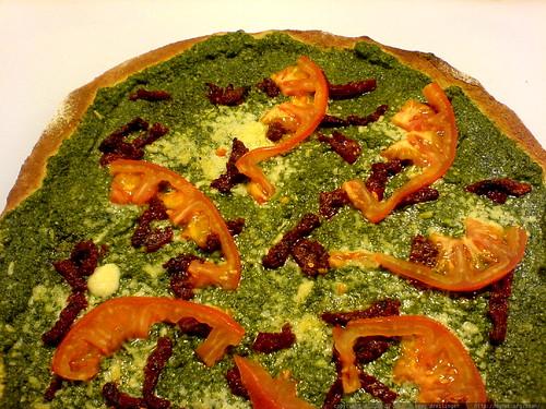 pesto pizza for dinner tonight   DSC01439