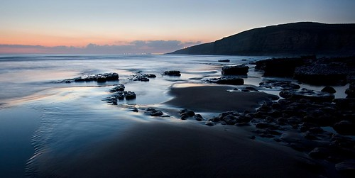 longexposure sea beach wales geotagged coast twilight bestof dusk explore shore crop slowshutter f71 valeofglamorgan southerndown 15sec dunraven stevecastle sigma1020 heritagecoast 40d geo:lat=51443697 geo:lon=3605297