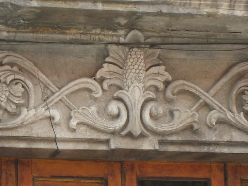 Baroque corn decoration