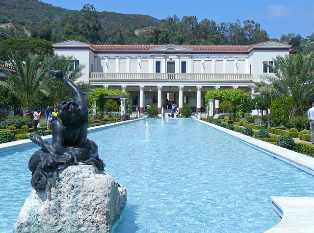 Outer Peristyle Garden At The Getty Villa 10