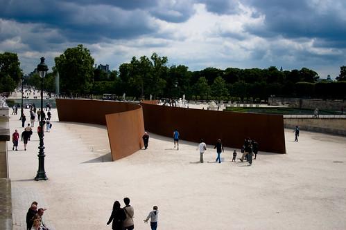 Clara Clara - Richard Serra - Jardin des Tuileries