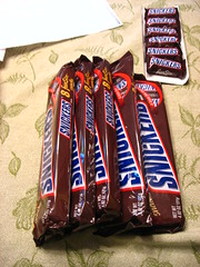 candy(0.0), snack food(0.0), advertising(0.0), chocolate bar(1.0), confectionery(1.0), food(1.0), dessert(1.0),