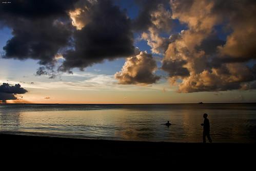 sunset sky holiday canon relax tramonto nuvole persone nostalgia cielo pace jody mauritius 2008 spiaggia vacanza tranquillità 40d jodyart jodysticca