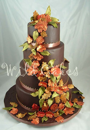 Help needed with ideas for autumn wedding cakes wedding for Fall cake ideas