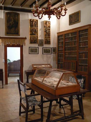 Alta mar de libros y bibliotecas medievales en mallorca - Muebles antiguos mallorca ...