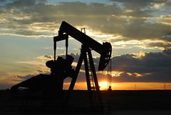 horizon, cloud, sunlight, sun, petroleum, evening, silhouette, morning, oil field, sky, dusk, sunset, sunrise,