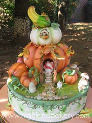 pumpkin house cake