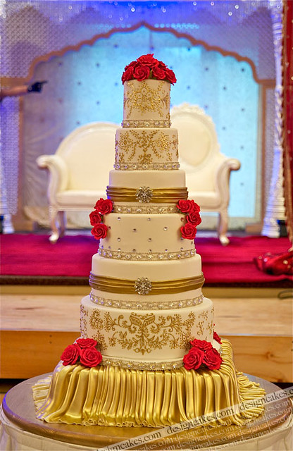wedding cake for 60 guests
