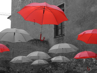 IT'S RAINNING RED...