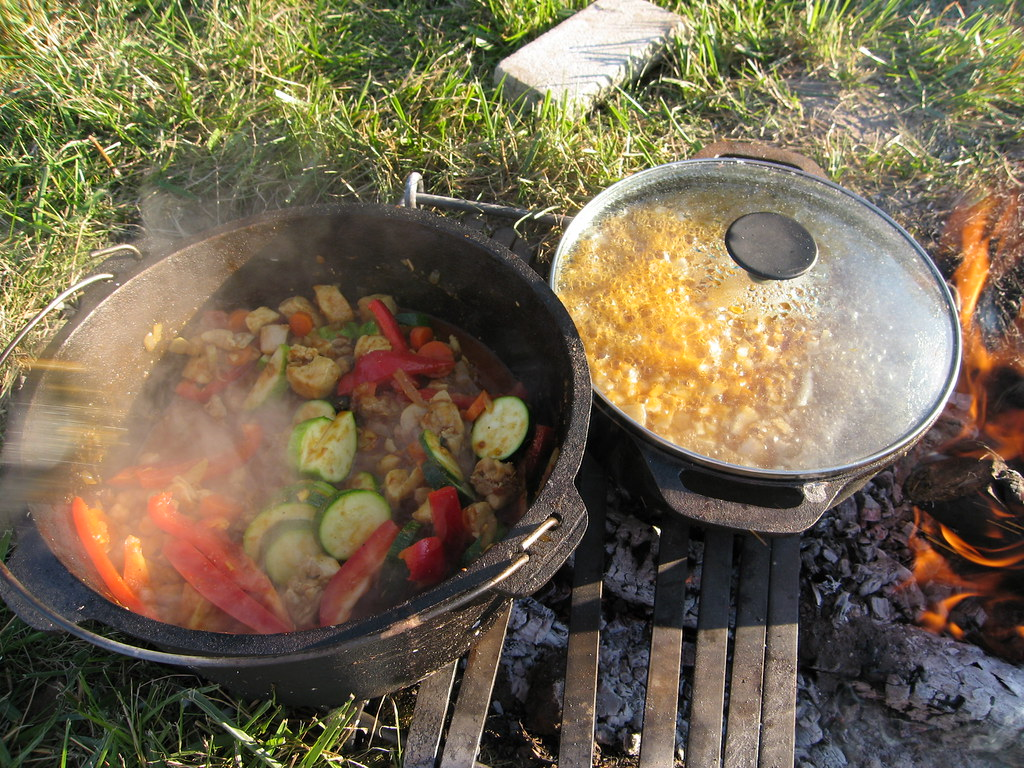 17+ images about Campfire cooking equipment on Pinterest ...