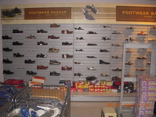 Zapatillas estantes y soluciones de almacenamiento de calzado caem estanter as - Estanterias para calzado ...