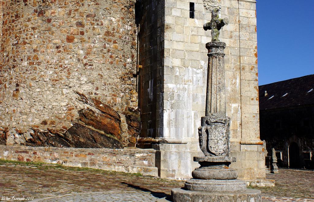 Cruz del Rollo - Santuario de Nuestra Señora de la Peña de Francia - Peña de Francia - Salamanca