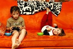 social gamers & siblings     MG 0983