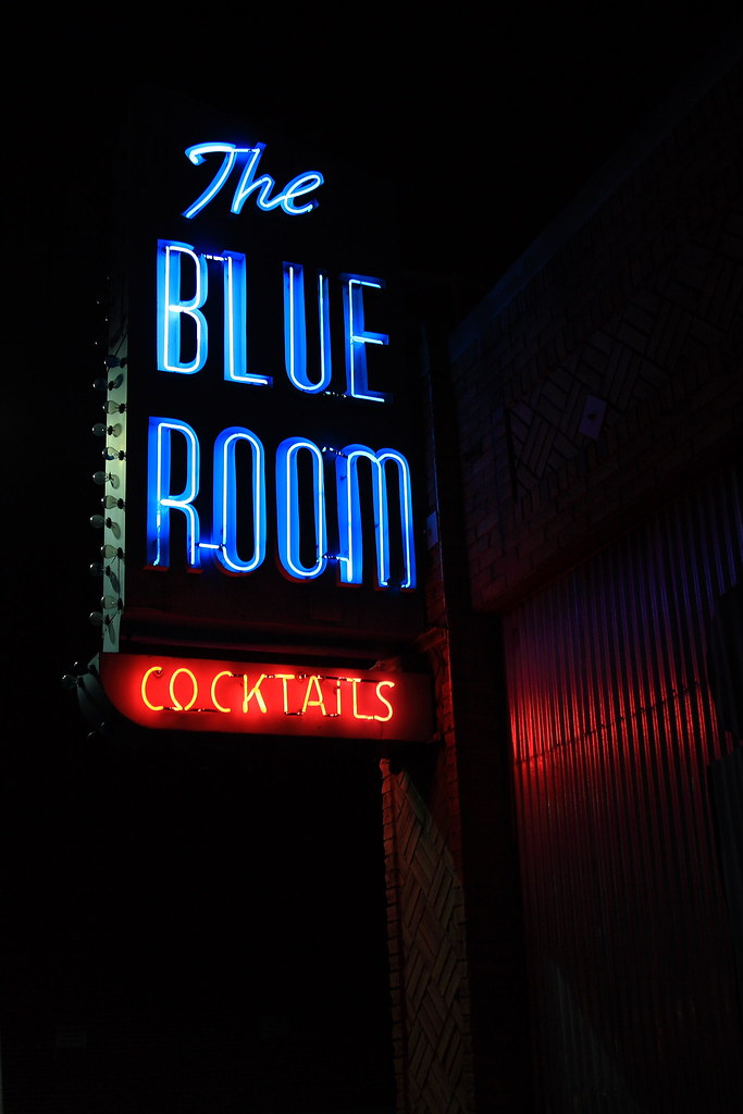 The Blue Room - 916 South San Fernando Boulevard, Burbank, California U.S.A. - January 24, 2009