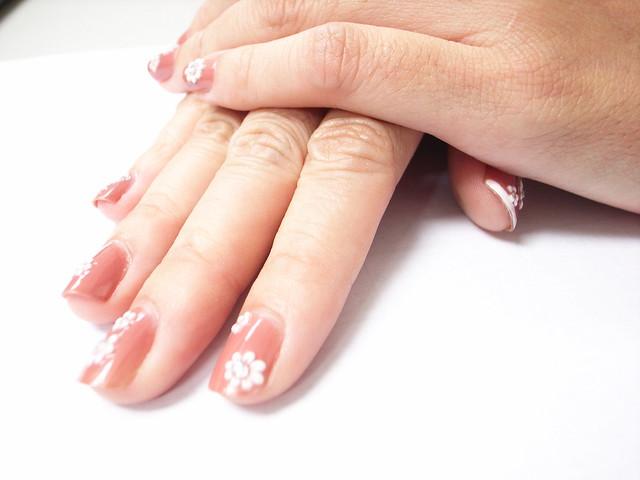 史上指甲最长的人 指甲最长的人 世界指甲最长的人图片