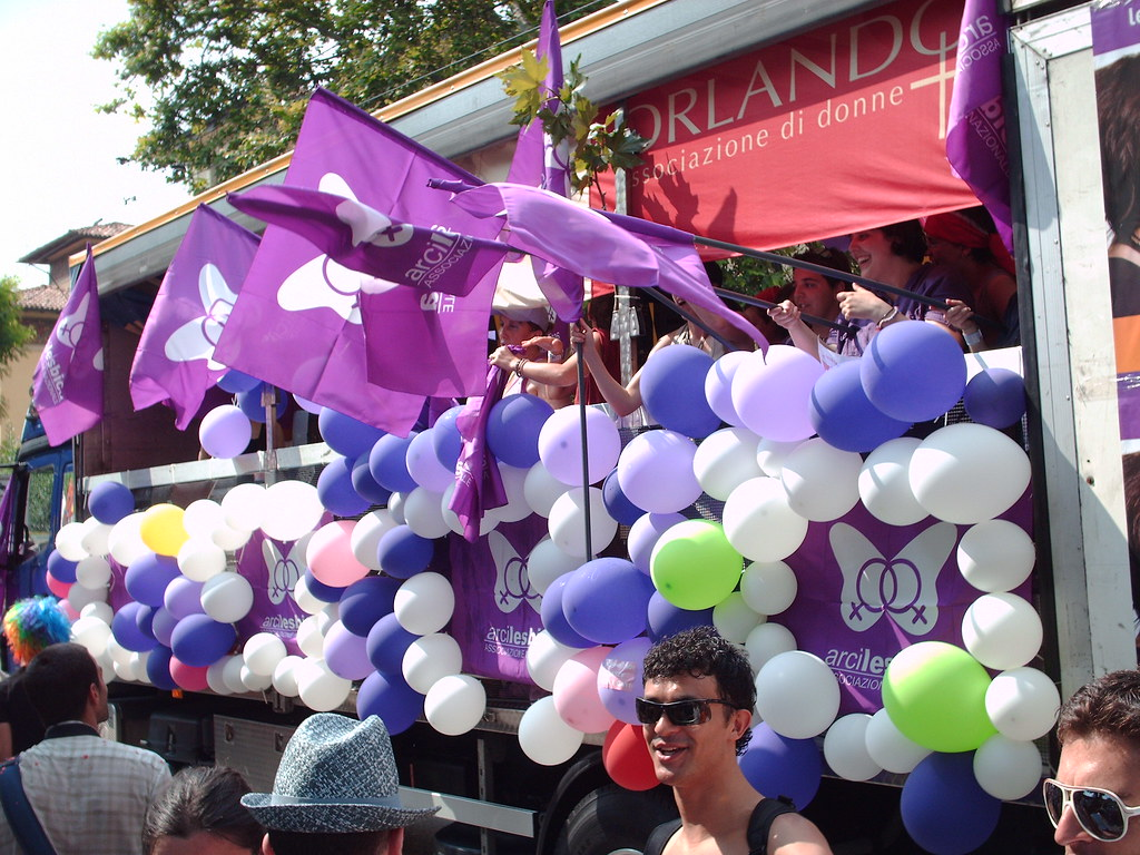 Purple baloons
