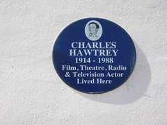 Photo of Charles Hawtrey blue plaque