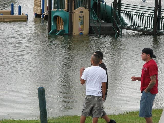 hurricane IKE (17)
