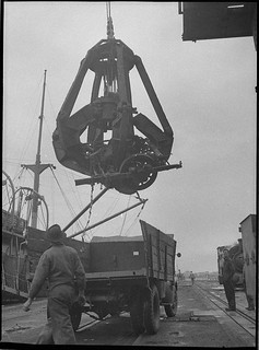 Westwood magnet grab, unloads scrap from a ship at B.H.P., 10/9/1954