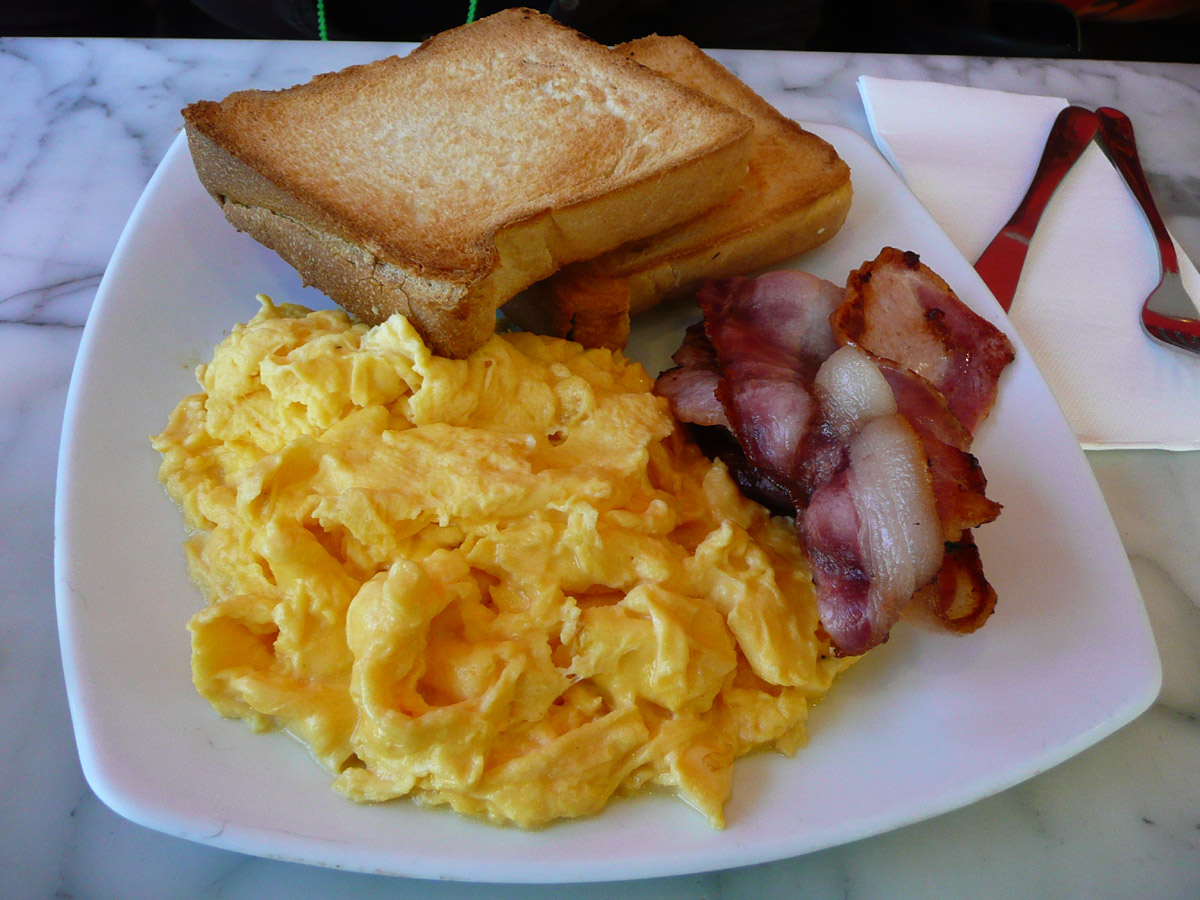 Scrambled eggs, bacon and toast - a photo on Flickriver