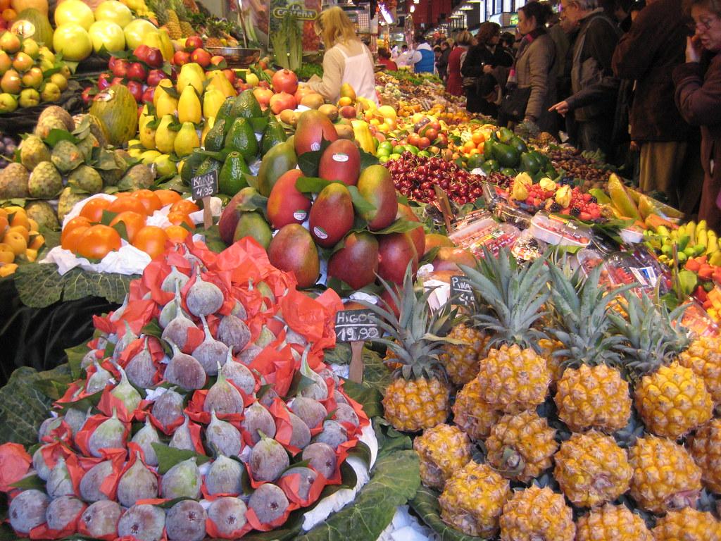 Frutas tropicales mercado de la boqueria a photo on flickriver - Frutas tropicales y exoticas ...