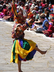 tribe(0.0), sports(0.0), hand drum(0.0), matador(0.0), festival(1.0), people(1.0), temple(1.0), tradition(1.0), performing arts(1.0), folk dance(1.0), dance(1.0),