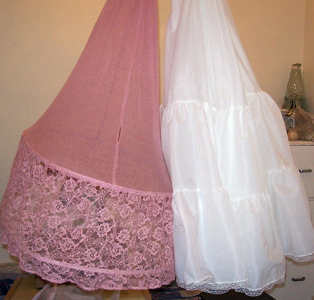 how to make a crinoline hoop skirt