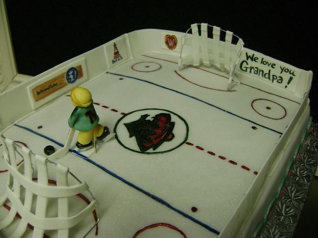 hockey rink cake stephaniethebaker.com