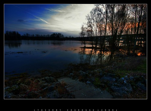 sunset france colors soleil couleurs coucher arbres nuages loire escalier naturesfinest sigma1020 naturefinest sonya700 greatshotss landscapeworldbeauties