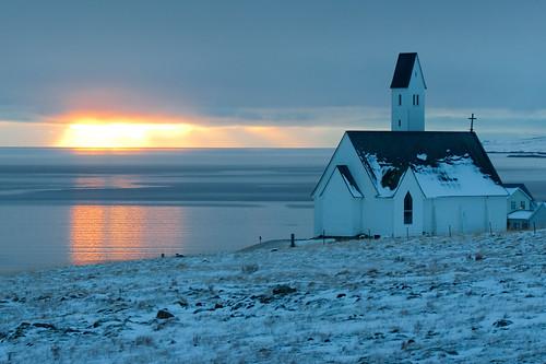 ocean sunset church architecture iceland afternoon hvalfjörður borgarfjordur borgarfjörður hvalfjordur hallgrímurpétursson hallgrimur saurbaer hallgrímur pétursson petursson saurbær hvalfjarðarströnd olikristinna
