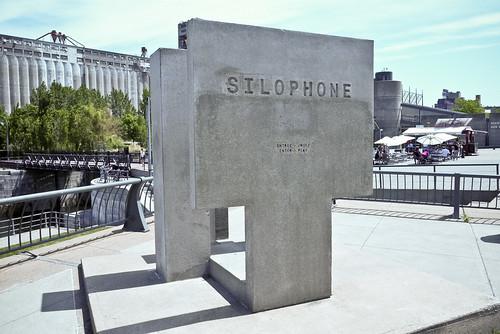 Silophone, [The User], 2000, Vieux-Port de Montréal