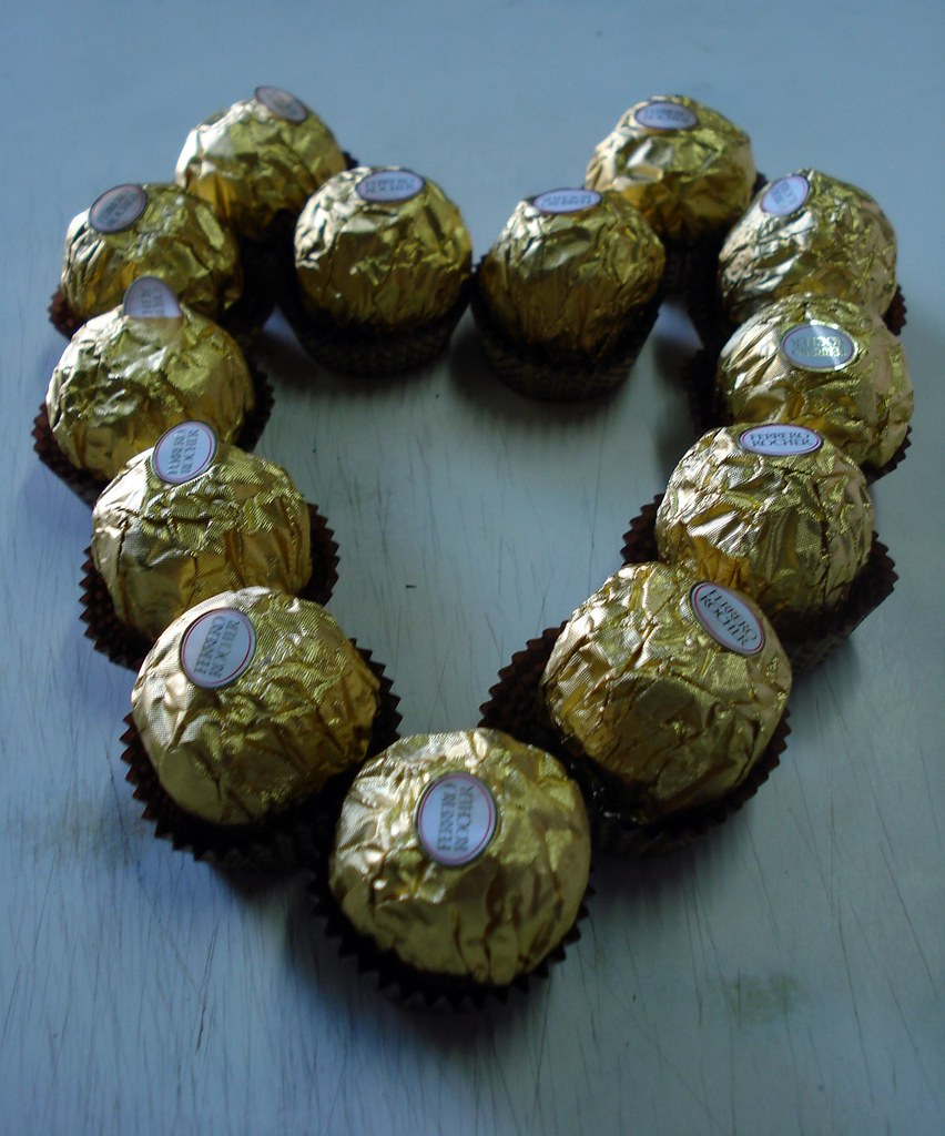 CORAZON FERRERO ROCHER