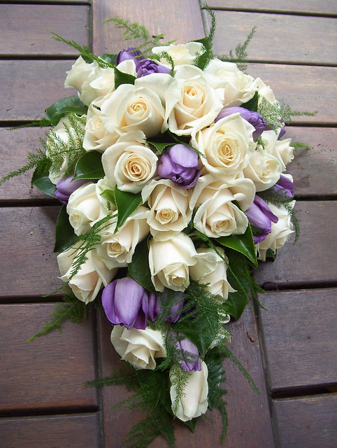 Bridal Bouquets Using Tulips : Aa d df z g