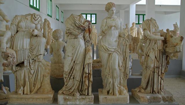 Quatre Muses: Euterpe, Polihímnia, Clio, Melpòmene, Museu de Cirene